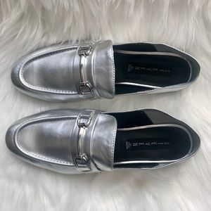 Steve Madden silver seaton buckle penny loafer 6.5